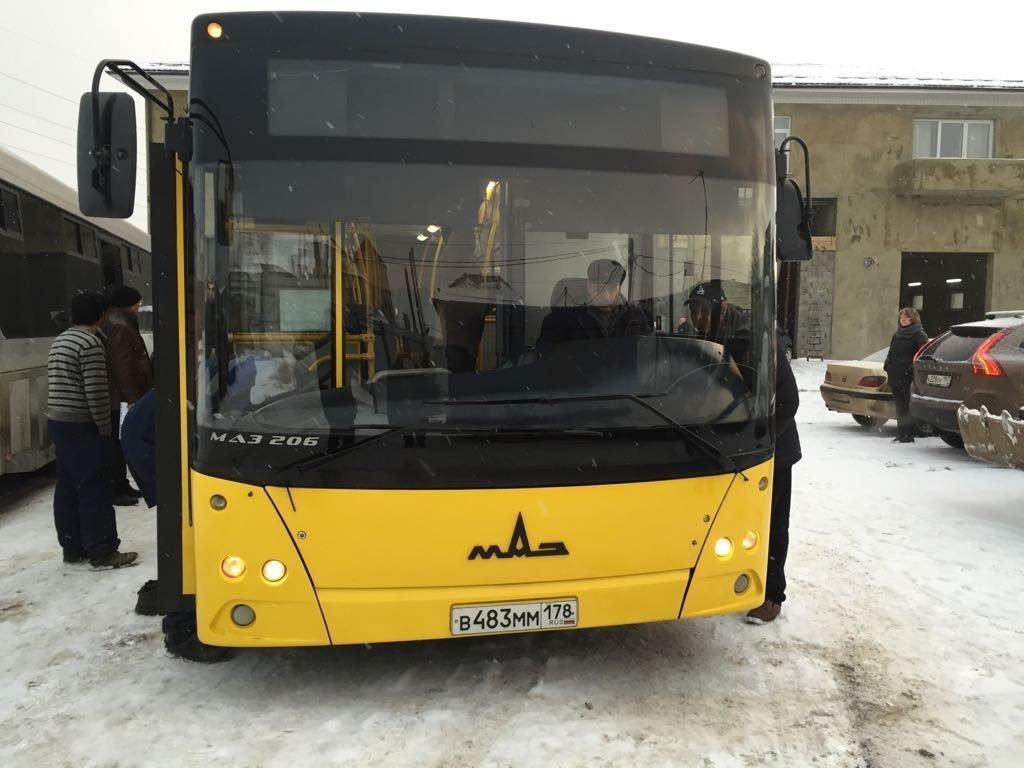 Пассажирский автобус МАЗ