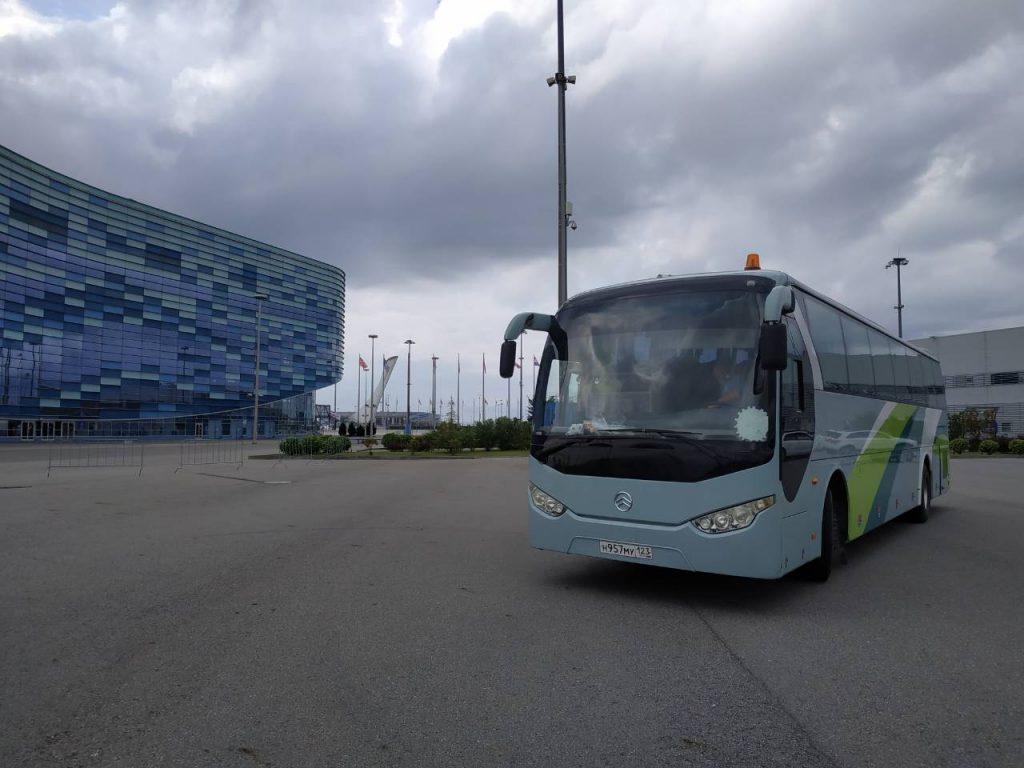 golden dragon3 1024x768 - Прокат автобуса на час